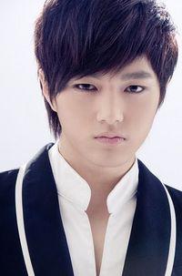 L (Kim Myeong Su)