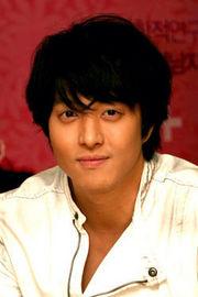 Lee Dong Gun (Lee Dong Geon)